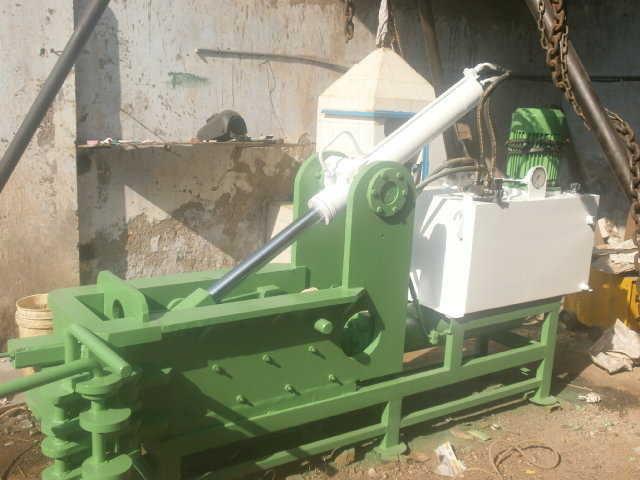 Hydraulic Metal Baling Machine In Ahmedabad