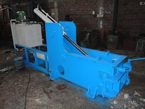Hydraulic Scrap Baling Press In Ahmedabad